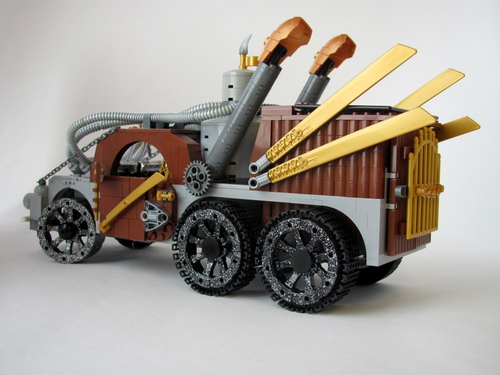 LEGO MOC - Steampunk Machine - Excalibur: <br><i>-Capacious cargo bay.</i><br>