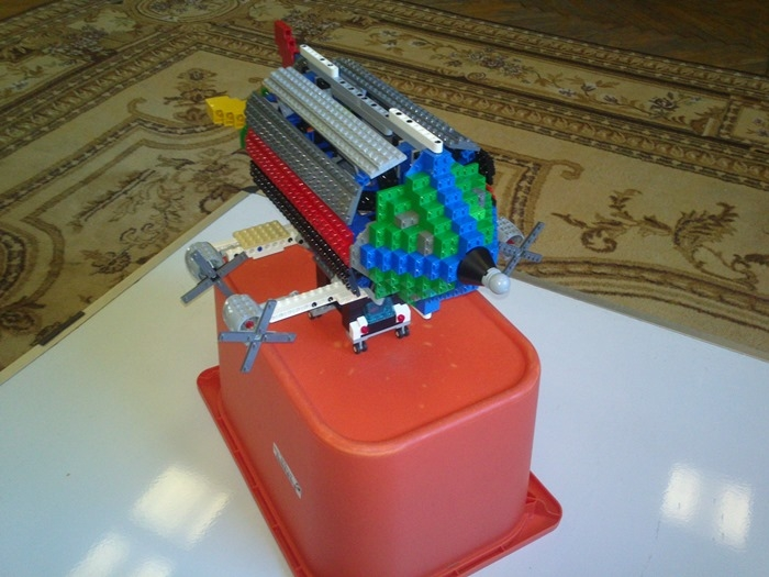 LEGO MOC - Mini-contest 'Zeppelin Battle' - Red-gray Zeppelin