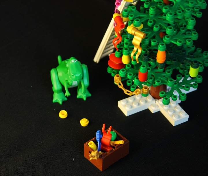LEGO MOC - New Year's Brick 2014 - New Year Jurassic: ...