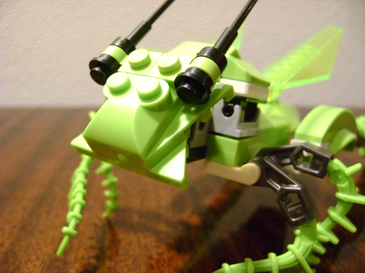 LEGO MOC - 16x16: Animals - Grasshopper: голова