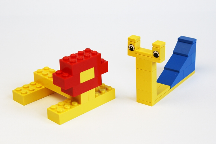 LEGO MOC - 16x16: Animals - Snail and Lion