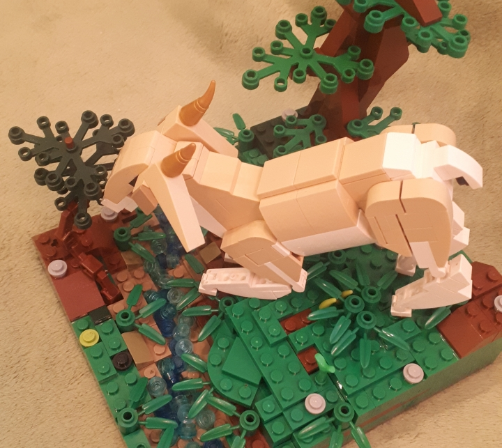 LEGO MOC - Fantastic Beasts And Who Dreams Of Them - Eared doe: Ну и еще один ракурс напоследок.