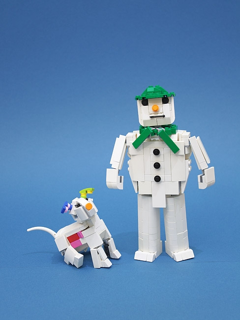 LEGO MOC - New Year's Brick 2020 - The snowman and the snowdog.